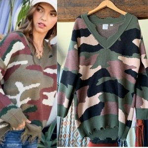 Sweaters - Camo Distressed Sweater Size S